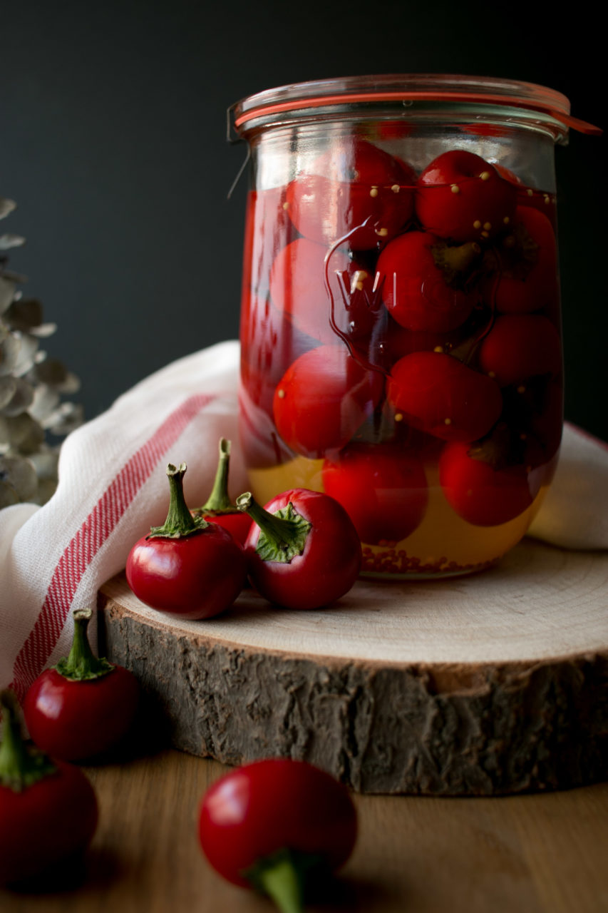 Pimientos cherry encurtidos | Pickled cherry peppers