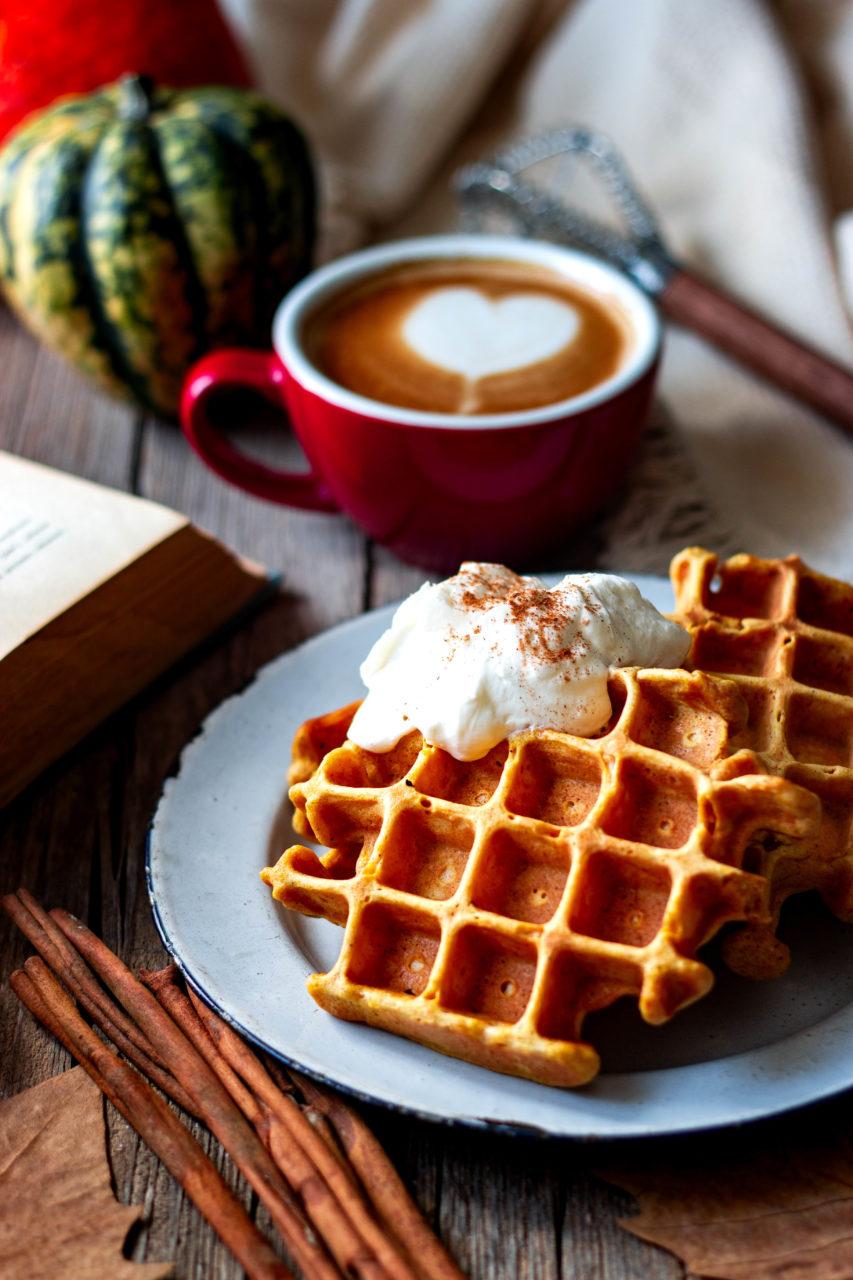 #instarecipe · Gofres de calabaza | Pumpking waffles ·