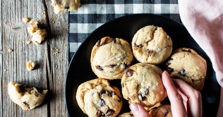 #instarecipe •Galletas de chips de chocolate veganas | Vegan chocolate chip cookies•